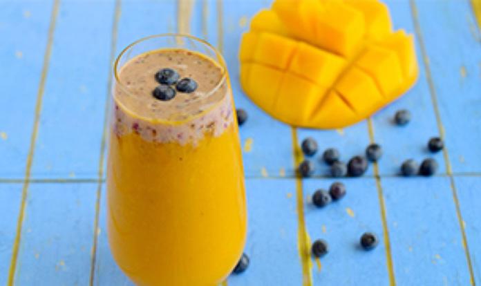 Blueberry Mango Smoothie