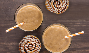 Cinnamon Roll AMP Sustained Protein Smoothie